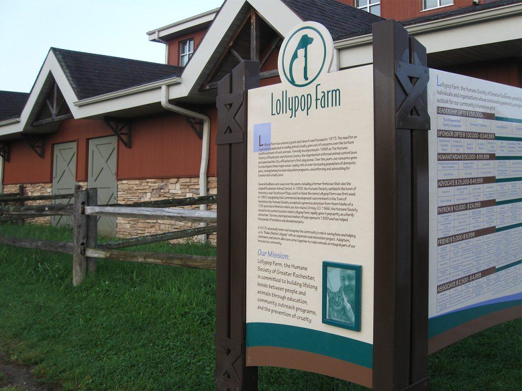outdoor freestanding magtech donor display