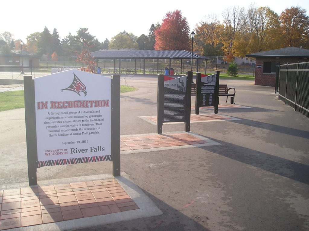 outdoor freestanding permanent recognition
